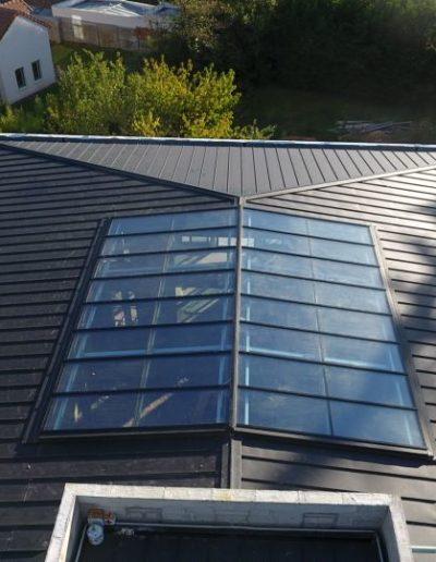 Verrière sur toit pente à faible inclinaison