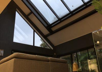 Verrière sur toit pente en tuile plate - Vue du salon