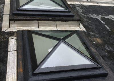 Verrière sur toit terrasse vue serré